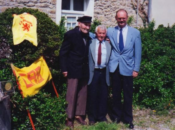 Philippe Méhu avec Jean Le Tareau et Yvon Brun, ses prédécesseurs Présidents du CAB recadré
